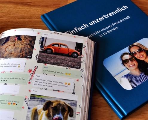 WhatsApp Buch von zapptales. Fotos unserer gedruckten WhatsApp Chat-Bücher.