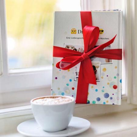 Fernbeziehung: Das perfekte Geschenk - WhatsApp Buch Cover