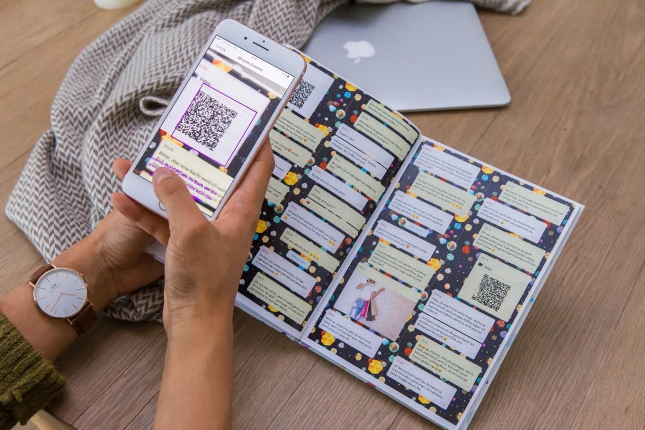 Video im Chat Buch mit QR-Code aufrufen